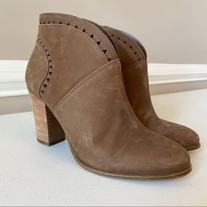 Vince Camuto Leather Heeled Ankle Booties